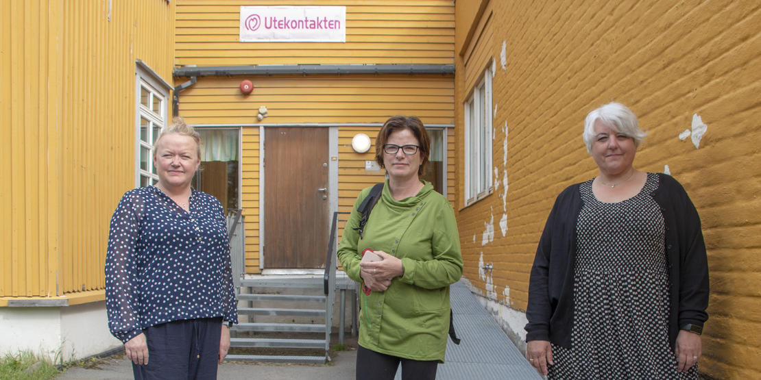 Feltarbeider Vibeke Linn Engmo (Utekontakten), SLT-koordinator Torild Eriksen Nordland og avdelingsleder Randi Helen Albertsen (Utekontakten) i Bodø kommune.