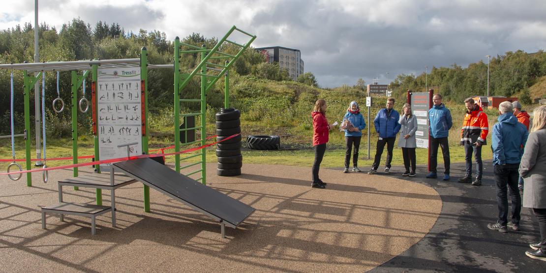 Ordfører Ida Pinnerød sto for den offisielle åpningen av Mørkvedlia treningspark, onsdag.