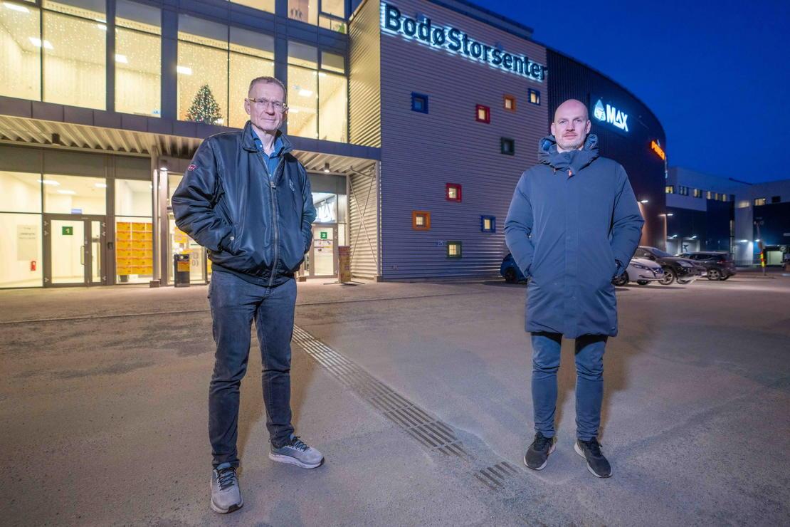 Smittevernoverlege Kai Brynjar Hagen (t.v.) og helseleder Stian Wik Rasmussen i Bodø kommune planlegger massevaksinering.  Foto: Per-Inge Johnsen/Bodø kommune