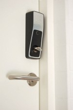 Phoniro eLås montert på dør